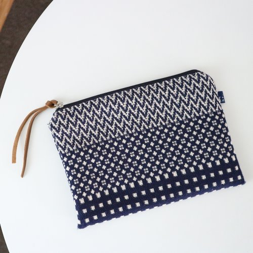 pattern mix pouch