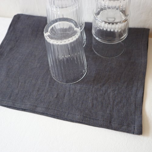 linen check table mat