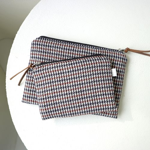 brown check pouch _ 2 size