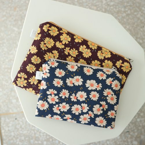 daisy pouch _ 2 color