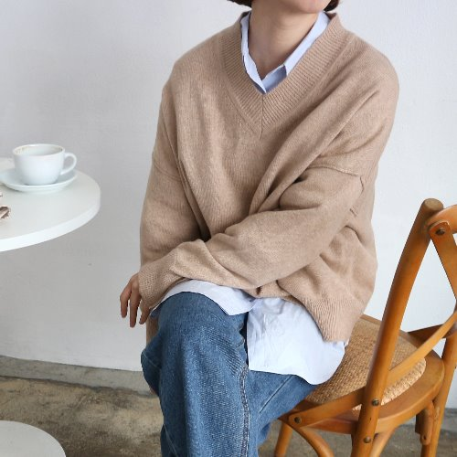 tom v-neck knit _ beige